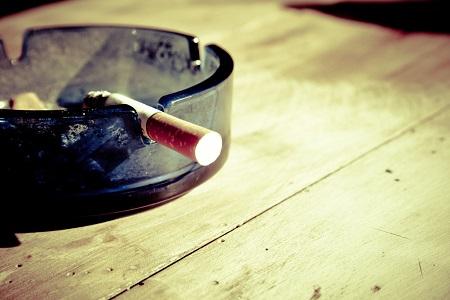 健康な髪を育毛するため② タバコを控える