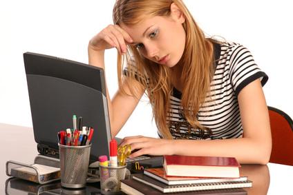 携帯やパソコンのブルーライトがストレスの元?
