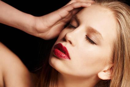 頭皮ニキビの原因と対処法