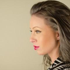 ワックスやスプレーによる髪への影響