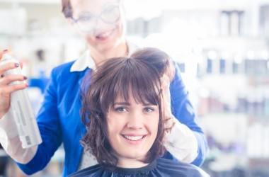 頭皮ニキビを防ぐ整髪料の使い方
