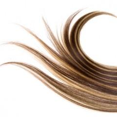 ぼわっと広がる髪を改善!髪の量を減らす方法