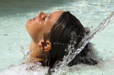 シャンプーをするときに軟水と硬水だと違いはある!?