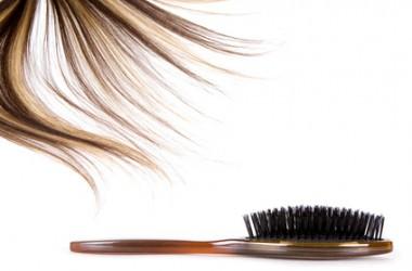 シャンプー時の頭皮マッサージブラシの正しい使い方