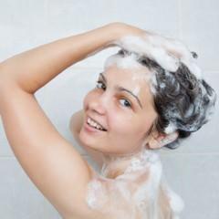 シャンプーの際、つい洗い残してしまう箇所はどこ?