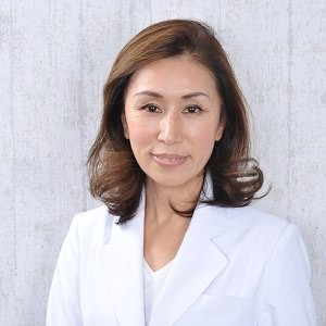 https://www.atama-bijin.jp/hair_care/wp-content/uploads/2015/01/b094bd7eafc0ab177ef781dc4c0237ac3-wpcf_300x300.jpg