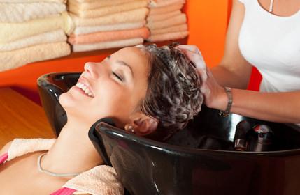 髪に必要な水分・油分
