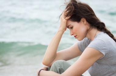 なぜ精神的なストレスは髪質に影響を与えるのか?