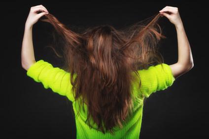 髪は内側と外側でダメージが違う!