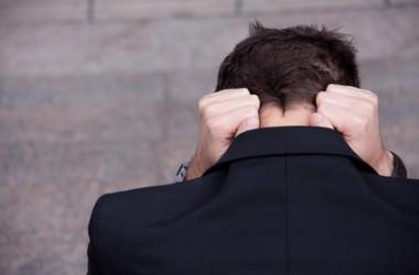 若い時の薄毛の原因と対策