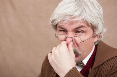 加齢臭の大半は頭皮から? ヘアケア講座 頭皮ケア(スカルプケア)