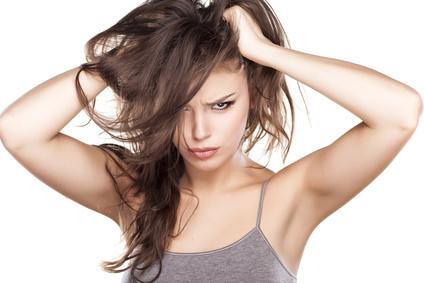 頭皮の皮脂量はTゾーンの2倍ある?なのに乾燥してしまう原因とは