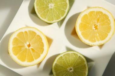 レモン果汁で髪をブリーチできる?