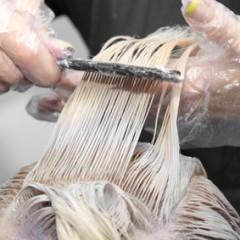 1日染めより便利なヘアチョークとは?