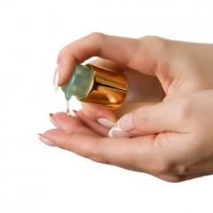 ヘアオイルの種類や効果、正しい使い方