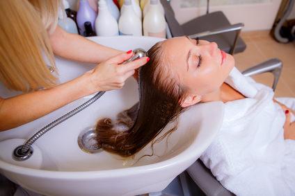 必見!美容師さんが髪を洗う際に意識しているポイント