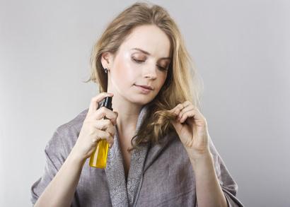 ヘアケア用品の使い過ぎは、髪に逆効果ですよ!