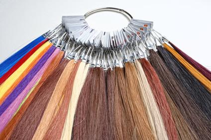 人工毛、人毛、MIX毛それぞれのウィッグのメリットデメリット