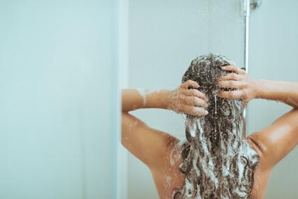 あなたの髪の適性はどっち??シリコンシャンプーとノンシリコンシャンプー