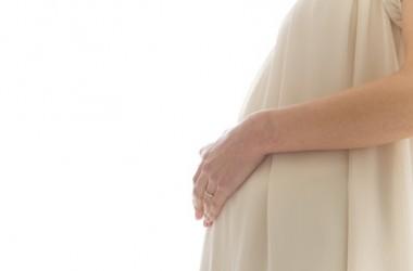 高齢出産が与える髪への影響