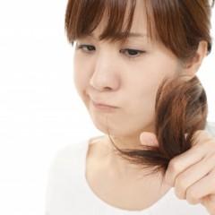 男性の薄毛や抜け毛の原因