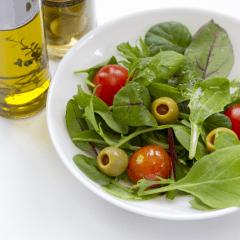 頭皮の乾燥が気になるときはどんな食事を摂ればいいの?
