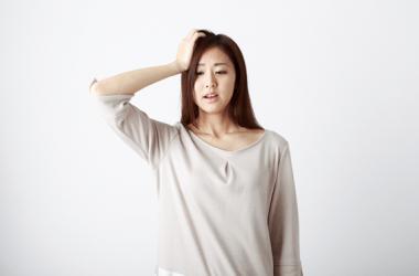 髪がペタンコになる原因やボリュームアップの方法をご紹介します!