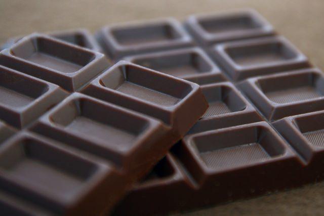 チョコレートで髪の老化防止!
