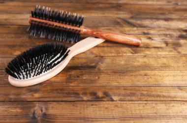 汚いと髪にも良くない!ヘアブラシの保管方法とは