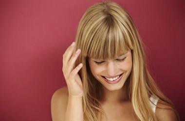 切りすぎた…短くなりすぎた前髪を早く伸ばすコツ!