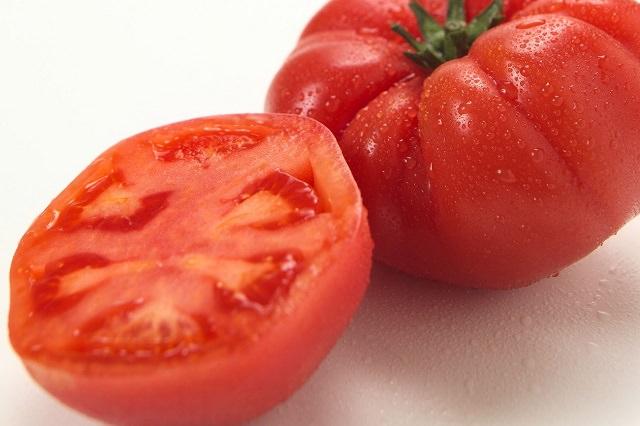 トマトジュースで抜け毛を防ぐ