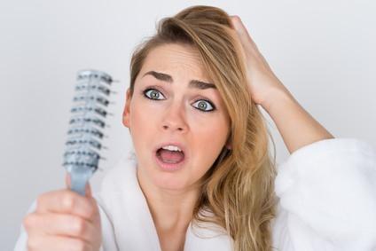 薄毛の場所によって原因は違うの?