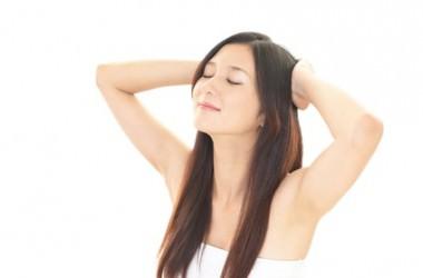頭皮マッサージは朝・夜のどちらにすべき? ヘアケア講座 頭皮ケア(スカルプケア)