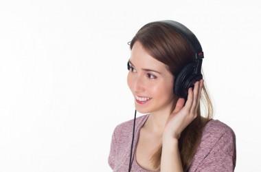 ヒーリングミュージックでヘアケア効果がアップ?