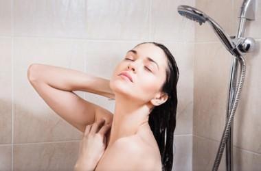 洗髪時に抜け毛が多い人の特徴