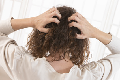 乾燥以外の頭皮のかゆみの原因とは