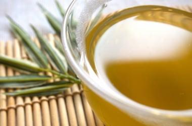 緑茶の殺菌効果とは