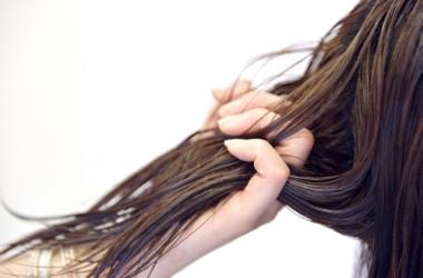 髪がプチプチ切れる?髪のメタボ化とは
