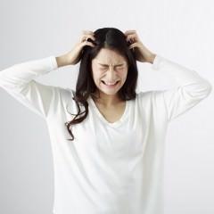 頭皮の乾燥によるフケを防ぐヘアケア
