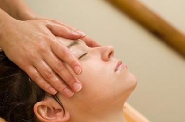 クレンジングオイルで頭皮の毛穴皮脂をすっきり除去 ヘアケア講座 頭皮ケア(スカルプケア)