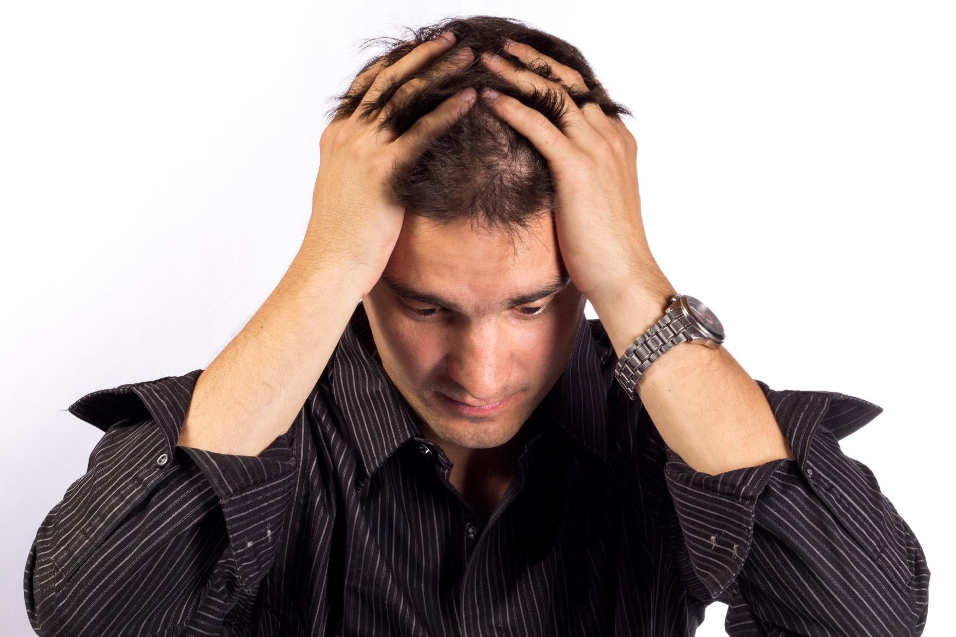頭皮の臭いがきになる…シャンプーの洗い残しが原因?