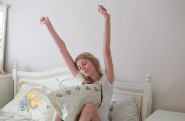 ヘッドスパと安眠のいい関係。熟睡すればキレイになれる?