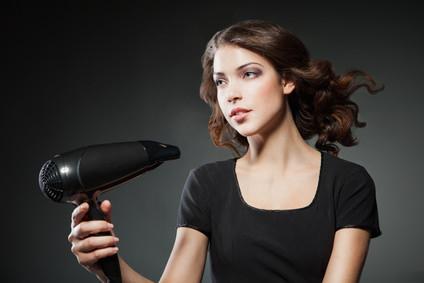 翌日髪がぺシャンコにならない髪の乾かし方