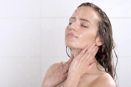 シャワーで疲労回復、入浴で血行UP!