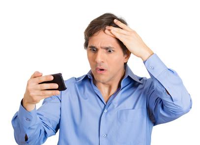 テカリが気になる男性必見!頭皮がべたつく原因と対策