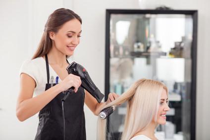 なぜ髪の毛を乾かさなければならないのか?