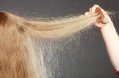 パサつくのはなぜ?静電気と髪の毛の関係性