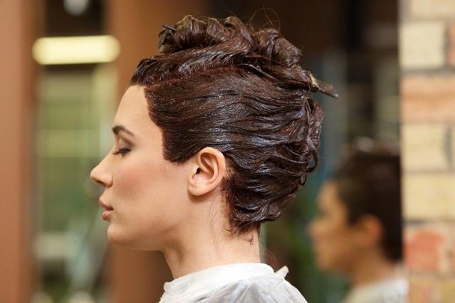 市販のヘアカラーの二色混ぜってできるの?