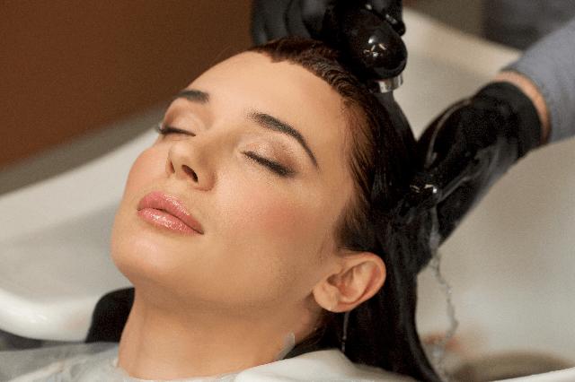 「脳波」を刺激するヘッドスパって?