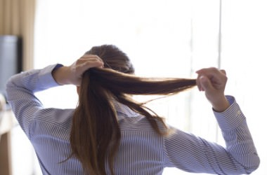 女性に多い!牽引性脱毛症って知ってる?